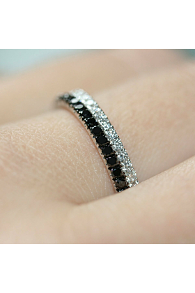 18kt White Gold Black & White Diamond Pair Ring