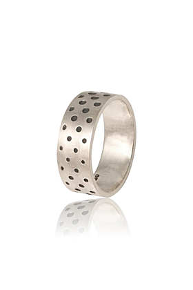 Silver ring with dots design