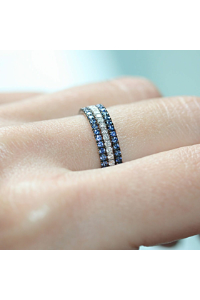 18kt White Gold La Mer 3 Eternity Ring