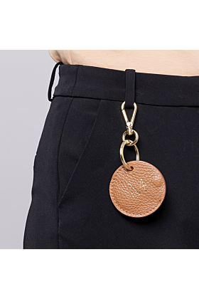 Keyring orange on trouser