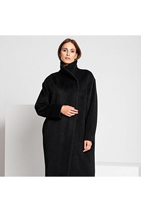 Fine Wool Coat In Black