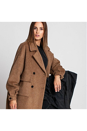 SALE Wool Coat Gentle In Camel