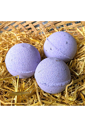 Pure Lavender Bath Bomb with Lavender and Violets