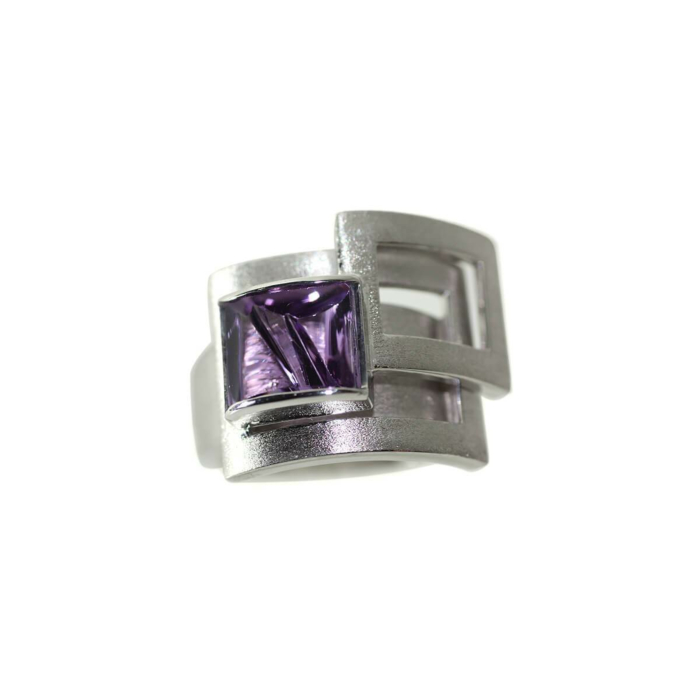 White Gold Plated Silver Square Amethyst Ring
