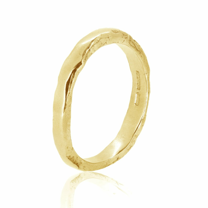 Otter Yellow Gold Ring