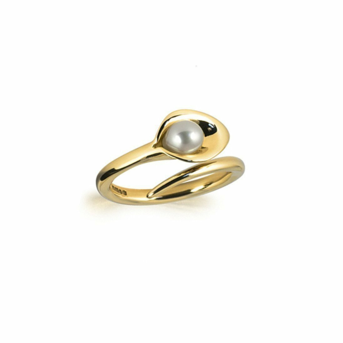 9kt Gold Small Lily Pearl Ring