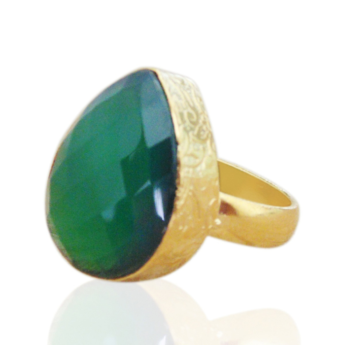 18kt Yellow Gold Plated Pear Green Onyx Stacking Ring