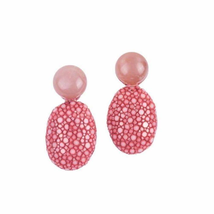 Lizzy Stingray Leather Earrings With Peach Moonstone