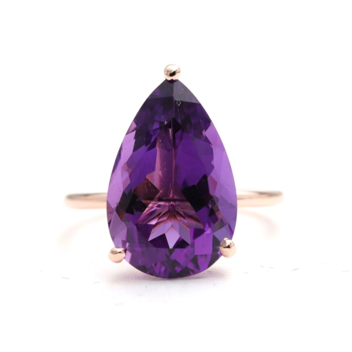 14kt Gold Purple Amethyst Solitaire Engagement Ring