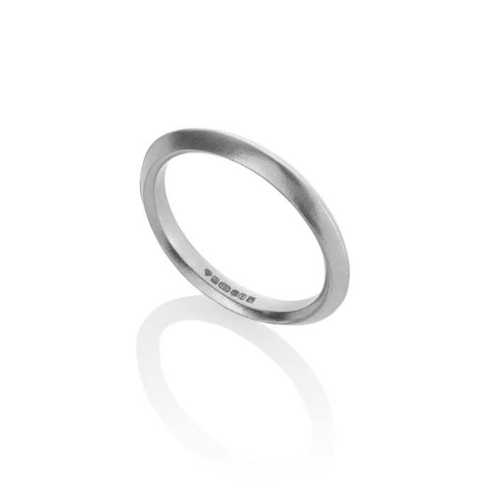 18kt Fairtrade Gold Inverted Profile Band