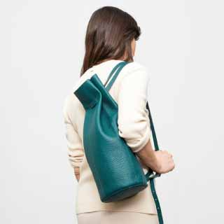 BACKPACK1.0 Green Round Leather Backpack | Mplus Design