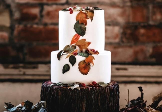 Top 10 Best Wedding Cake Designers in Leeds