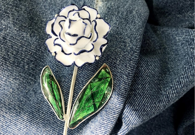 The 20 Most Unique Brooches To Make A Statement