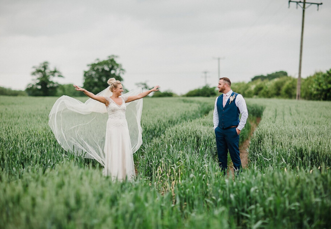 10 Best Wedding Photographers In Hull
