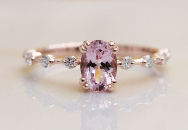 9 Vintage style engagement rings