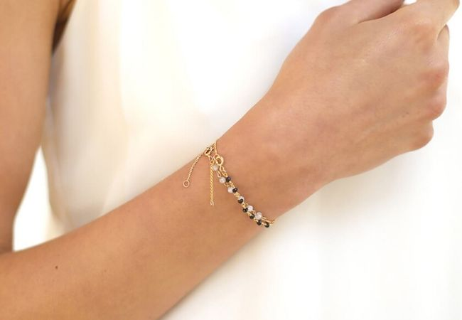 6 Thin And Elegant Bracelets